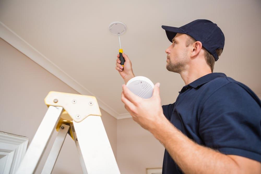 carbon monoxide detectors beeping