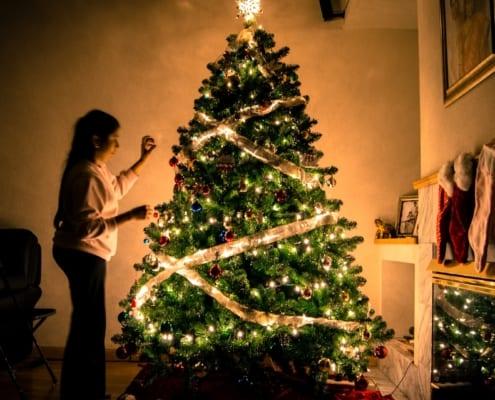 Holiday-Lighting-Safety